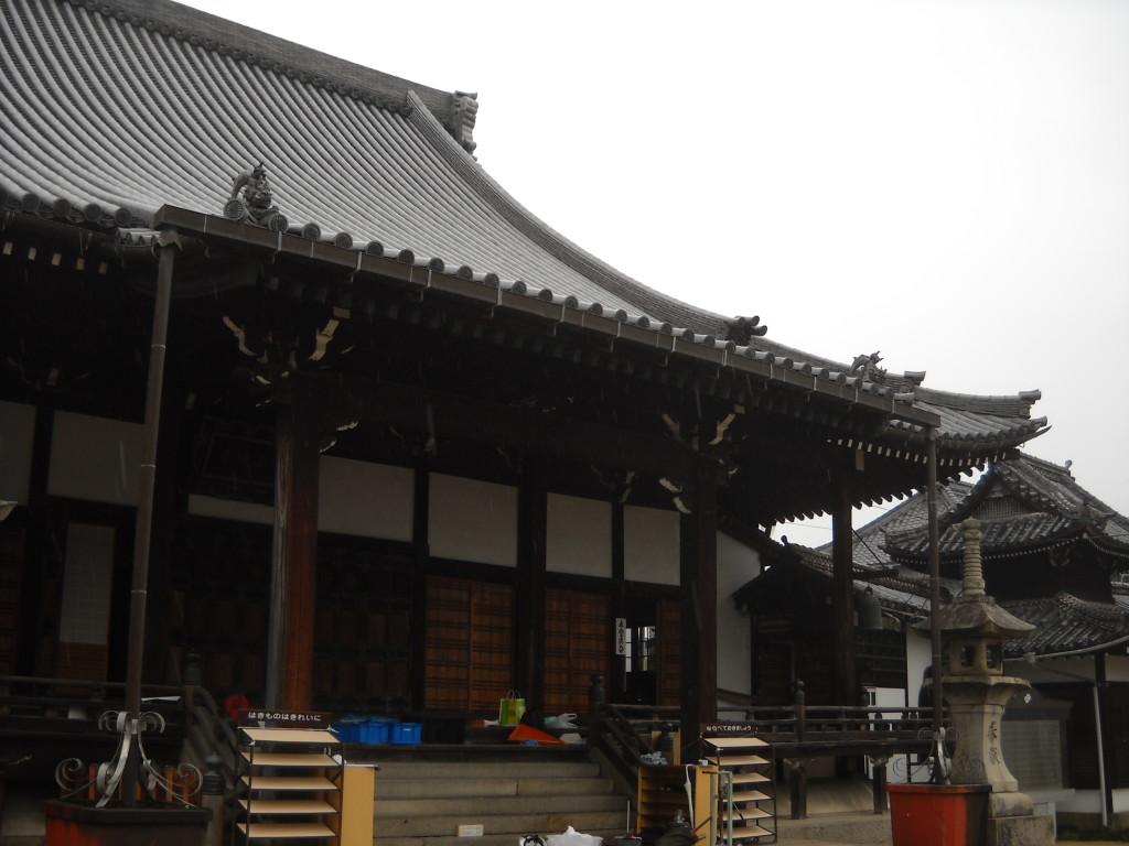01-某寺本堂全景調査前
