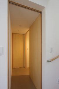 トイレ廊下写真