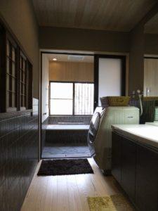 改修後   脱衣-浴室・廊下の段差解消